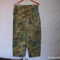Militaria: ANTIGUO RARO PANTALON DE CAMUFLAJE A IDENTIFICAR, PANTALONES ORIGINAL. Lote 129600711