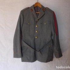 Militaria: ANTIGUA GUERRERA DE LA POLICIA ARMADA CON SU GALON, ORIGINAL. . Lote 132015742
