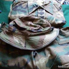Militaria: UNIFORME MILITAR CHAQUETA PANTALÓN Y GORRO NUEVOS. TALLA 44. Lote 132199538