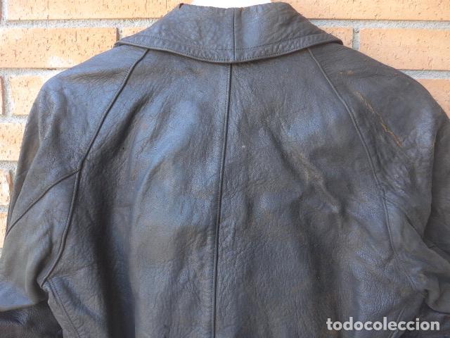 Militaria: * Antiguo abrigo o chaqueta de cuero militar, de guerra civil, con su cinturon, original. ZX - Foto 16 - 134815602
