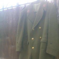 Militaria: ABRIGO O CHAQUETON DE ALFEREZ INFANTERIA EJERCITO DE TIERRA.. Lote 137260798