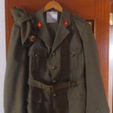 Militaria: UNIFORME DE ARTILLERIA DE TROPA AÑOS 70/ 80, TALLA GRANDE. Lote 137902350