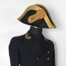 Militaria: UNIFORME CON LEVITA DE INGENIEROS DE CANALES Y PUERTOS, EPOCA ALFONSO XIII, CON BICORNIO EN EXCELENT. Lote 140840870