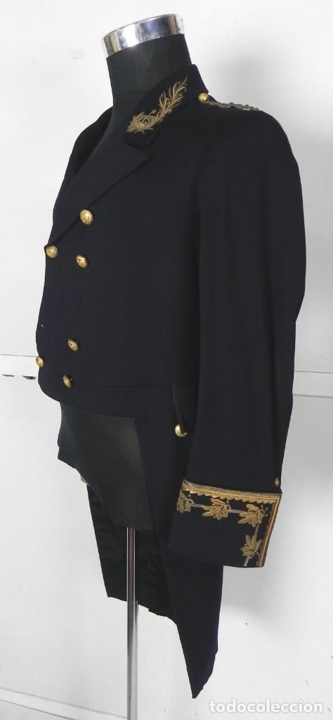 Militaria: Uniforme con levita de Ingenieros de Canales y Puertos, epoca Alfonso XIII, con Bicornio en excelent - Foto 2 - 140840870