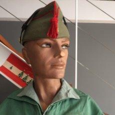 Militaria: UNIFORME COMPLETO SARGA LEGIONARIO. PANTALÓN, CHUPITA, CAMISA Y CHAPIRI. SARGENTO.. Lote 148227652