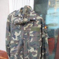 Militaria: UNIFORME DEL EJÉRCITO ESPAÑOL DE TIERRA, AÑOS 90, SIN UTILIZAR, . Lote 148444098