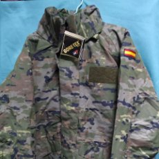 Militaria: CHAQUETÓN GORE-TEX CON POLAR DESMONTABLE POLARTEC PIXELADO BOSCOSO T-M NUEVO. Lote 152466344