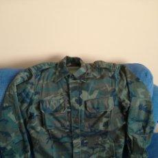 Militaria: CAMISOLA GUERRERA MILITAR DEL UNIFORME DE INSTRUCCIÓN CAMPAÑA MIMETIZADO CAMUFLAJE EJÉRCITO ESPAÑOL. Lote 152447204