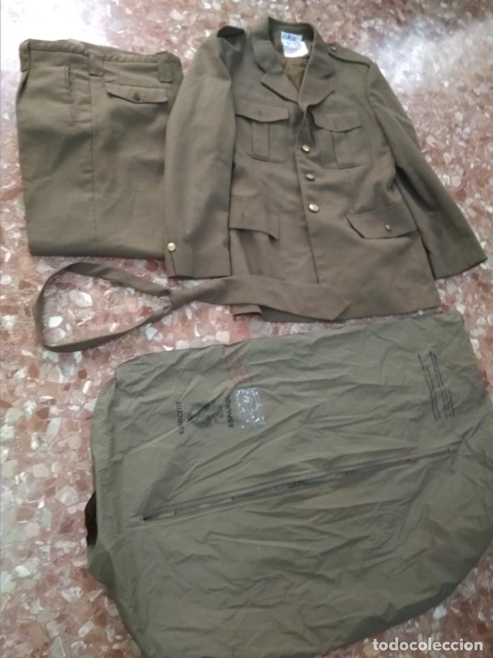 UNIFORME DE SOLDADO (Militar - Uniformes Españoles )