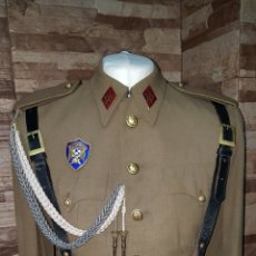 Militaria: UNIFORME DE ALFÉREZ DE MILICIAS UNIVERSITARIAS. Lote 169838136