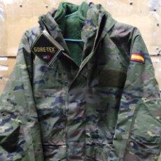 Militaria: CHAQUETÓN GORE-TEX PIXELADO BOSCOSO CON POLAR DESMONTABLE T-S NUEVO. Lote 170392701