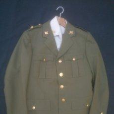 Militaria: UNIFORME DE COMANDANTE ARMA ARTILLERIA. Lote 171996373