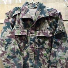 Militaria: CAMISOLA CAMUFLAJE ORIGINAL DE SU ÉPOCA COES ROCOSO OTOÑO T-M. Lote 174562545