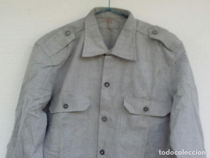 Militaria: Camisa gris granito de faena, aviación reglamento de 1946 talla 41. - Foto 3 - 175928124