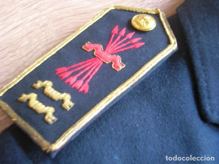 Militaria: RARO UNIFORME DE ALTO JERARCA FALANGISTA DEL MOVIMIENTO. FALANGE. LUCERO Y DOS YUGOS. - Foto 4 - 176083578