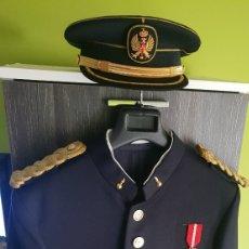 Militaria: ÚLTIMO DÍA! UNIFORME DE GRAN GALA TENIENTE CORONEL DE ARTILLERÍA. Lote 177974694