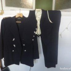 Militaria: UNIFORME SIN GORRA DE INGENIERO INDUSTRIAL MILITAR ÉPOCA DE FRANCO CON BORDADOS DE CALIDAD. Lote 178100488