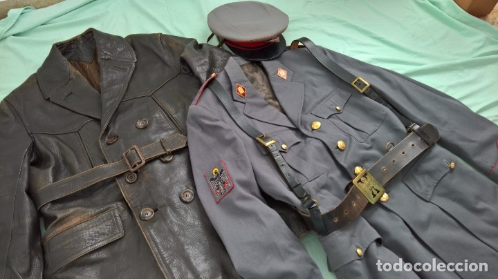 Militaria: policia armada..guerrera , gorra ,correajes , chaqueton ....epoca franco. - Foto 2 - 49637851