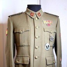 Militaria: GUERRERA DE CAPITÁN REGLAMENTO DE 1943. Lote 182470782