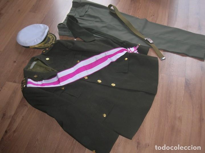 Militaria: MUY RARO Y ESCASO UNIFORME COMPLETO DE GENERAL DE DIVISIÓN DE SANIDAD. - Foto 5 - 182769698