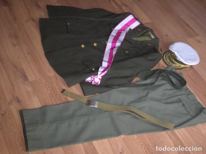 Militaria: MUY RARO Y ESCASO UNIFORME COMPLETO DE GENERAL DE DIVISIÓN DE SANIDAD. - Foto 20 - 182769698