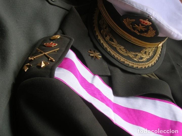 Militaria: MUY RARO Y ESCASO UNIFORME COMPLETO DE GENERAL DE DIVISIÓN DE SANIDAD. - Foto 27 - 182769698