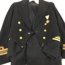 Militaria: UNIFORME CAPITÁN DE CORBETA. Lote 183042466