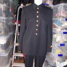 Militaria: UNIFORME DE MÚSICO DE INFANTERÍA DE MARINA CHAQUETA , PANTALÓN Y HOMBRERAS. Lote 184600105
