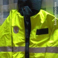 Militaria: GUARDIA CIVIL TRAFICO. TRAJE DE AGUA.2002.. Lote 184745265