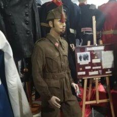 Militaria: ORIGINAL ATENTICO UNIFORME ESPAÑOL CAZADORES DE MONTAÑA, INFANTERIA. Lote 189463442