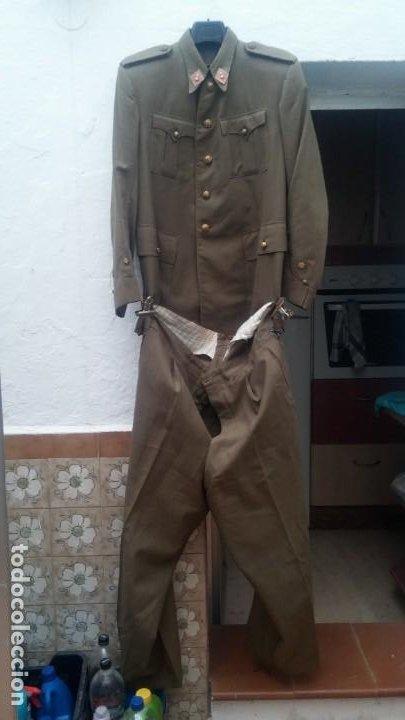 UNIFORME TENIENTE DE ARTILLERIA ANOS 30 GUERRA CIVIL MUY COMPLETO EN PERFECTO ESTADO MIRAR (Militar - Uniformes Españoles )