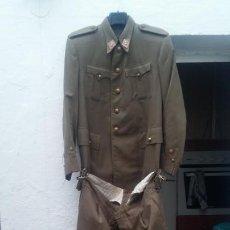 Militaria: UNIFORME TENIENTE DE ARTILLERIA ANOS 30 GUERRA CIVIL MUY COMPLETO EN PERFECTO ESTADO MIRAR. Lote 191383005