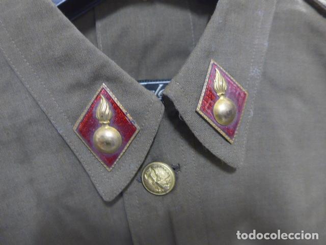 Militaria: Antigua guerrera sahariana de verano, de teniente bordado en hombreras, artilleria. Epoca Franco. - Foto 6 - 191508970