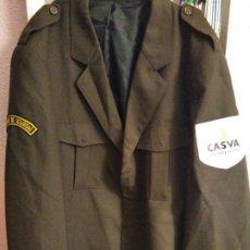 Militaria: CHAQUETA UNIFORME VIGILANTE SEGURIDAD PARCHE CASVA. Lote 194523272