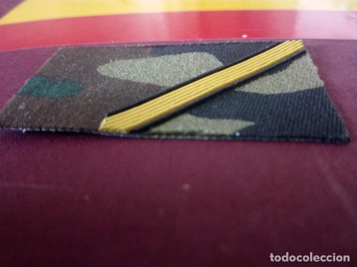 Militaria: Galón para cuello de guerrera o camisa. I.M. Cabo Primero. - Foto 2 - 194956132
