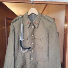 Militaria: UNIFORME MILITAR,GUERRERA,GORRA,PARCHE SANTIAGO CIERRE ESPAÑA,ROMBOS,CORDON.TODO LO DE LAS FOTOS. Lote 195207953