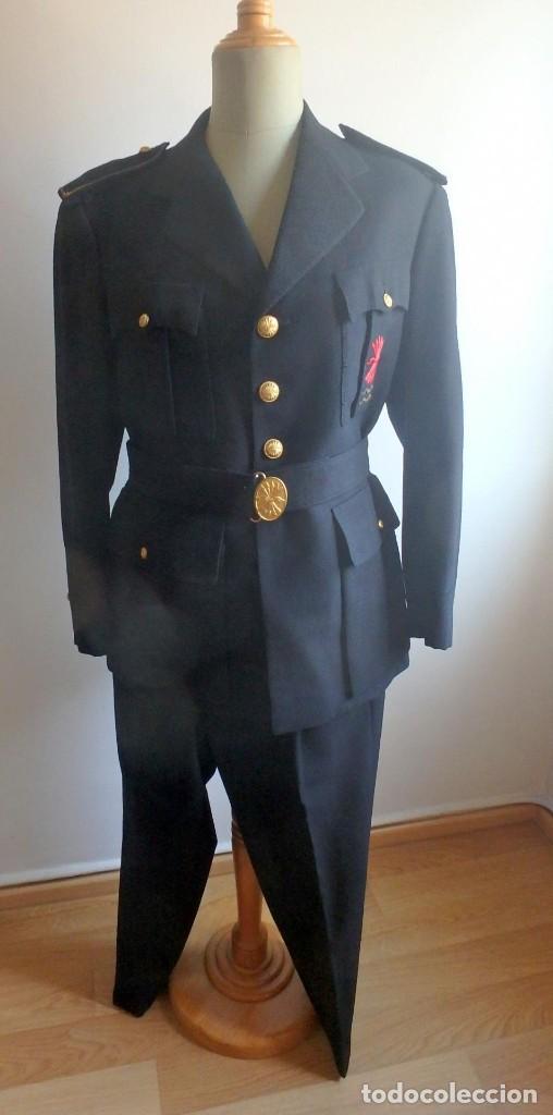 (JX-200287)UNIFORME DE JERARCA DE FALANGE ESPAÑOLA , JEFE DE TERCIO . (Militar - Uniformes Españoles )