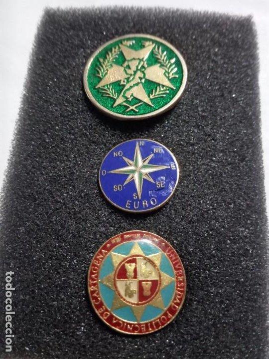 LOTE TRES PINS. (Militar - Uniformes Españoles )