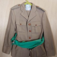 Militaria: GUERRERA Y PANTALÓN DE REGULARES, AÑO 1983, TALLA 46 - 60 Y TALLA 50 - 68. Lote 25302125