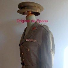 Militaria: (JX-200398)UNIFORME TENIENTE CORONEL CON MEDALLA MILITAR COLECTIVA DE TROPAS REGULARES Nº5 Y ANGULO. Lote 198508080