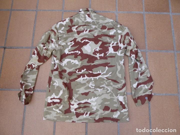 Militaria: Camisola campaña camuflaje árido Infantería de Marina. M-02 - Foto 6 - 198632461