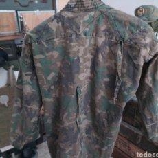Militaria: KIMONO MILITAR CAMUFLAJE ESPAÑOL AMEBA AMOEBA BOSCOSO LEGIÓN BOEL. Lote 204851315