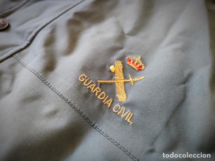 Militaria: CHAQUETON TRES CUARTOS GUARDIA CIVIL ESCUDO BORDADO - ANORAK TALLA 58A (MASCULINA) - 54A (FEMENINA) - Foto 3 - 262048575