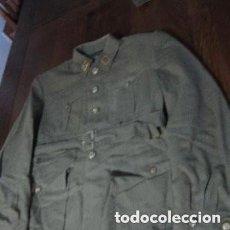 Militaria: TRAJE MILITAR DE GENERAL DE DIVISION ANTIGUO CON TODOS SUS DISTINTIVOS. Lote 220256310