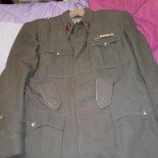 Militaria: CHAQUETA SAHARIANA MILITAR. Lote 221412838