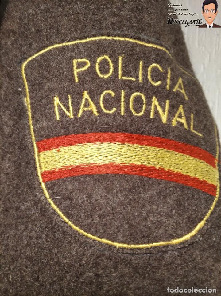 Militaria: POLICÍA NACIONAL ANTIGUO CHAQUETÓN 3/4 - UNIFORME - GENIAL ESTADO - TALLA 64 / XL - ÁGUILA SAN JUAN - Foto 3 - 221774236