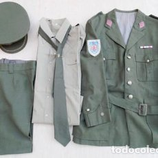Militaria: EJERCITO ESPAÑOL: UNIFORME COMPLETO DE COMANDANTE, AÑOS 70. Lote 182290948