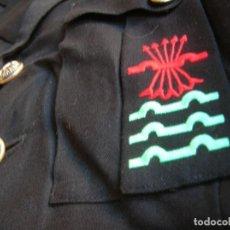 Militaria: ANTIGUA GUERRERA DE ALTO JERARCA FALANGISTA. MOVIMIENTO NACIONAL. FALANGE ESPAÑOLA DE LA JONS.. Lote 225728158