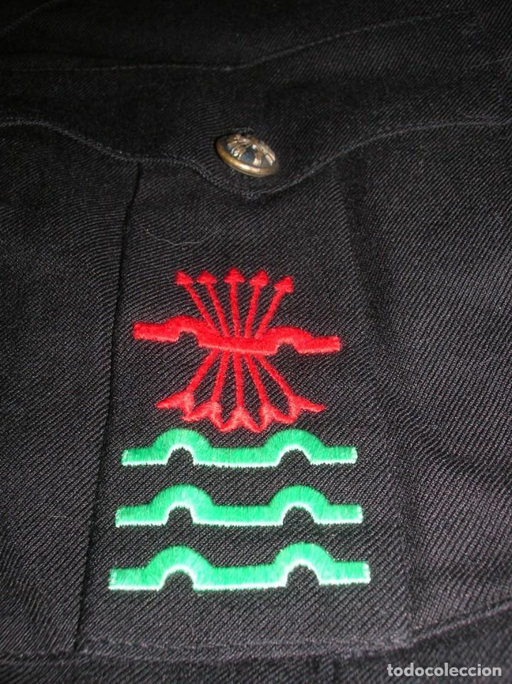 Militaria: ANTIGUA GUERRERA DE ALTO JERARCA FALANGISTA. MOVIMIENTO NACIONAL. FALANGE ESPAÑOLA DE LA JONS. - Foto 3 - 225728158