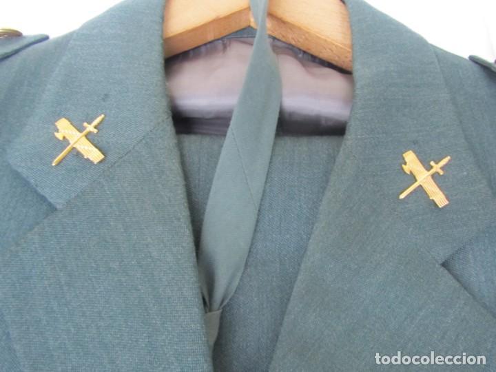 Militaria: Uniforme (chaqueta + pantalones + corbata) Capitán Guardia Civil - Foto 5 - 230766680